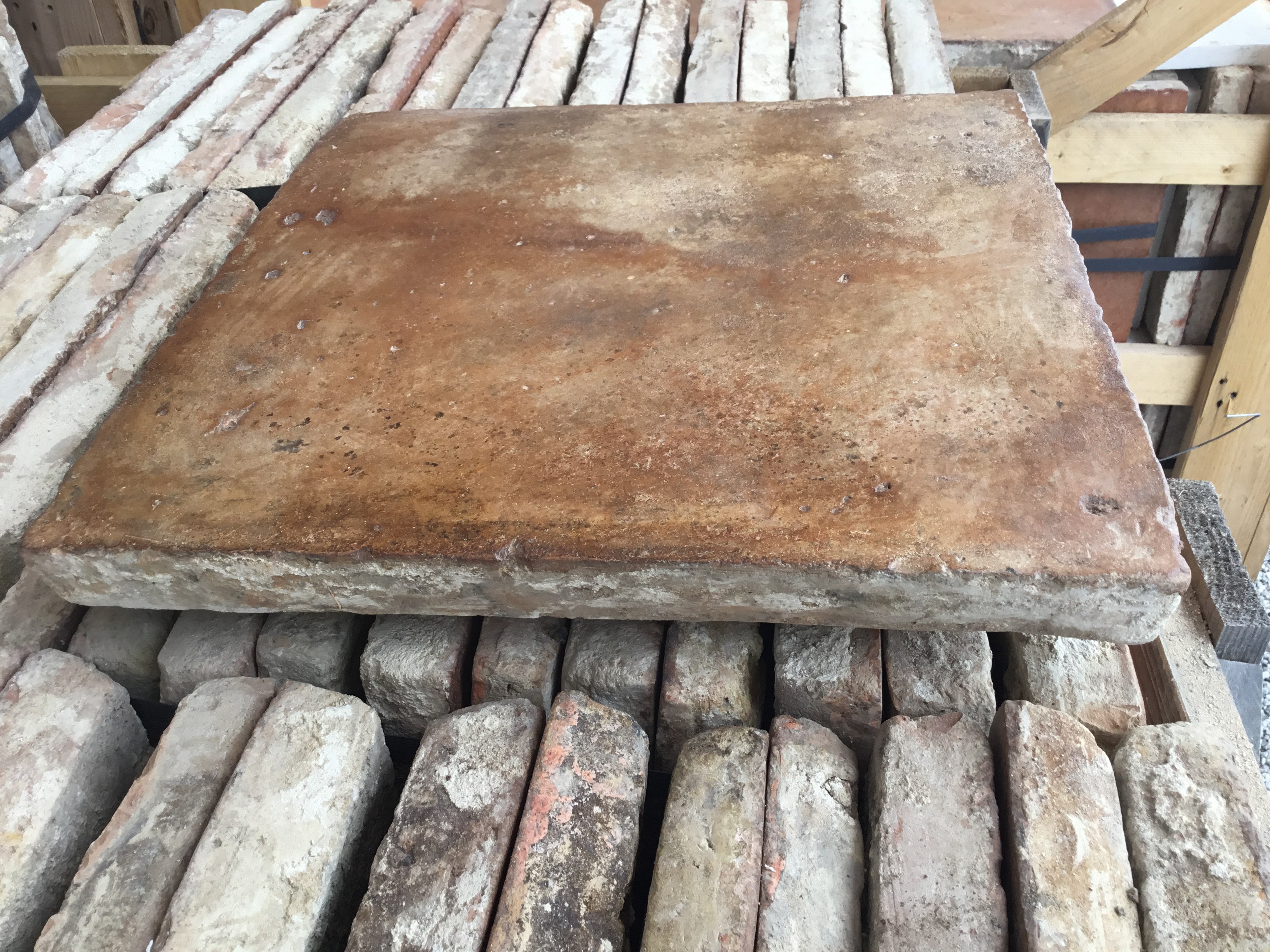 ANTIQUE TERRACOTTA FLOOR TILE