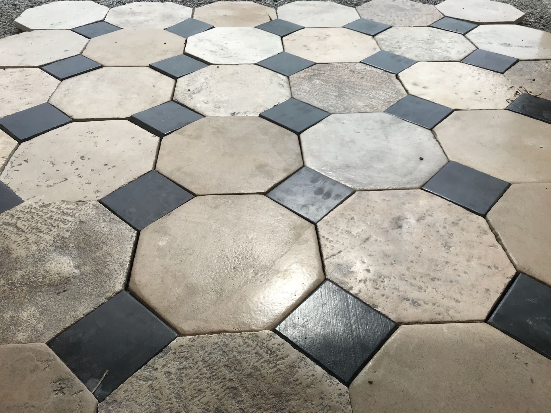 RECLAIMED CABOCHONS FLOORING