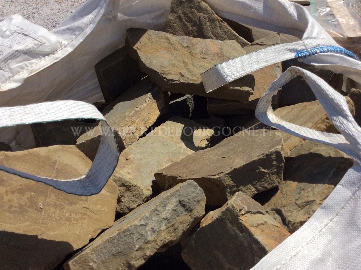Coating for sandstone walls