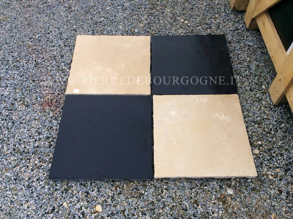 FLOOR IN STONE AND MARBLE BLACK