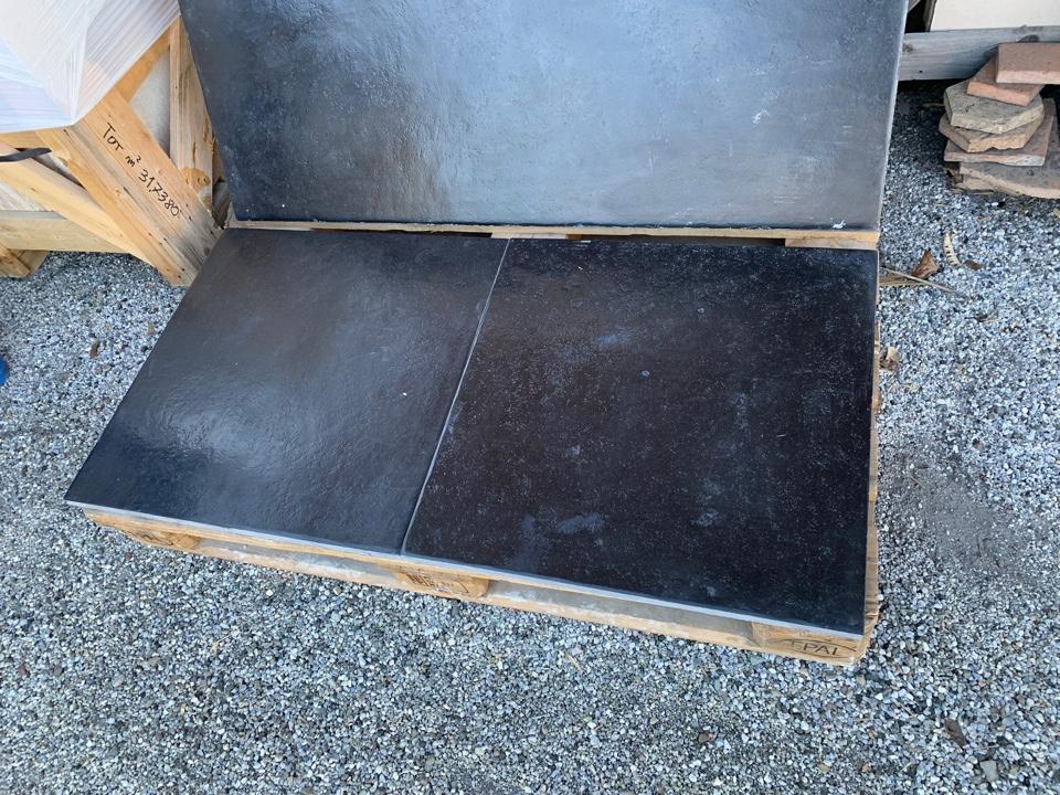 ANTIQUE BLACK SLATE FLOORS