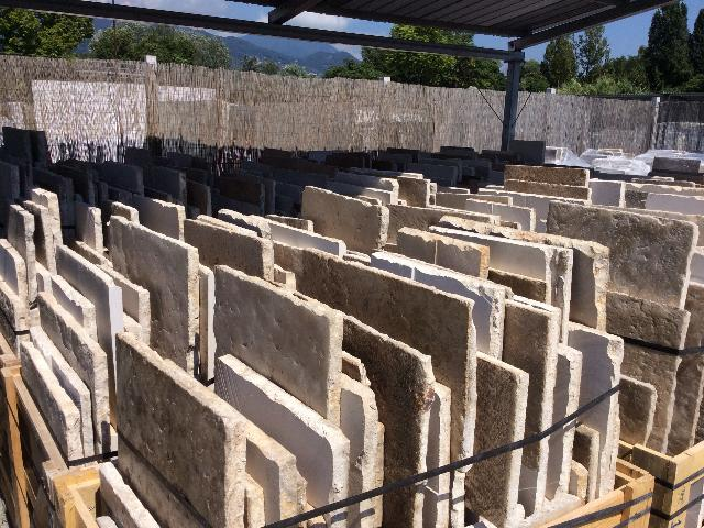 RECLAIMED FRENCH STONE FLOORING STOCK 3 CM THICKNESS