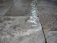 FLAGSTONES ANTIQUE RECLAIMED,DEALERS IN ANTIQUE LIMESTONE FLAGSTONES,RECLAIMED STONE PAVING,DALLES DE BOURGOGNE,ANTIQUED FLGS AND RECUT PAVERS.(AVAILABLE IN WAREHOUSE,CUT TO 3 cm., 1000 sq.m IN STOCK FOR SALE).