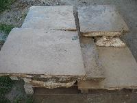 DALLE DE BOURGOGNE IN ANCIENT LIMESTONE OF RECOVERY STONE; ADVANCED WITH EXCELLENT ANCIENT PATINA IT ORIGINATES THEM, THE FORMAT IS: OPUS ROMAIN OF GREAT DIMENSIONS, THE THICKNESS IS VARIABLE. AT CALL CUT TO A MINIMUM OF 3 CM. GREAT STOCKS IN WAREHOUSE, OF THE BEST QUALITA' IN ABSOLUTE SUL MARKET.