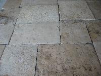 <br> DALLE DE BOURGOGNE FLOOR IN STONE OF RECOVERY OF RARE BEAUTY, THESE LIMESTONES ARE RECOVERED AND SELECTED PIECE FOR PIECE, ONE BY ONE COME CLEANED UP BY HAND WITHOUT ALL OVER THE WORLD TO CHANGE TO THE ARROGANT ANCIENT PATINA, AVAILABLE GREAT READY STOCKS FOR SALE.