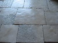 ANTIQUE DALLE DE BOURGOGNE AUTHENTIC PROVENCE FRENCH STONE FLOOR RECLAIMED FLOORINGS LIMESTONE PIERRE DE BOURGOGNE 3 CM THICKNESS STOCK FOR SALE