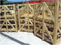 EXAMPLE OF SPECIAL CASES FOR THE TRANSPORT OF OUR STONES CUT TO 3 CM.(WOOD FOR USA).