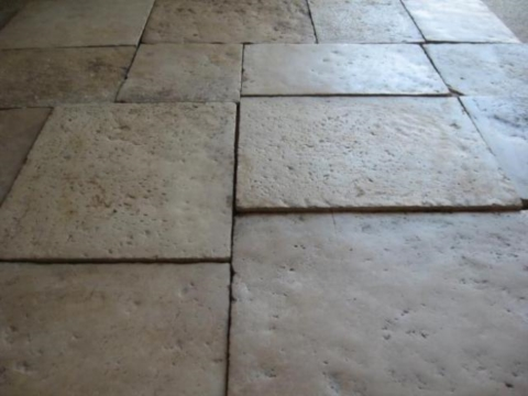 RECLAIMED FRENCH STONE FLOOR